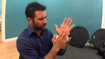 WODdoc Episode 439 P365: Relieve Tingling In Your Hands